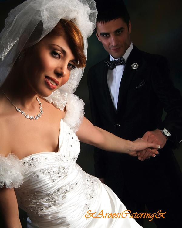 ژست عکس اسپرت عروس و داماد